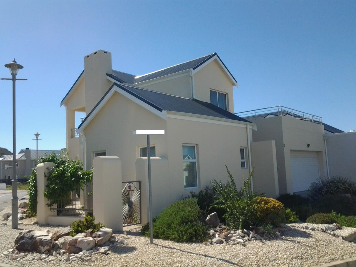 For Sale by Owner - The Avenues Sandbaai - R2,695,000