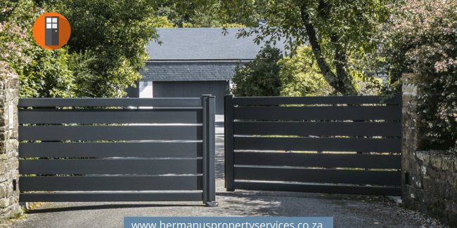 Gates & Fencing – Advertise Here